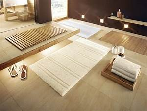 tapis de salle de bains un accessoire pratique et esthetique With tapis salle de bain bois