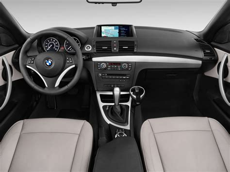 image  bmw  series  door convertible  dashboard