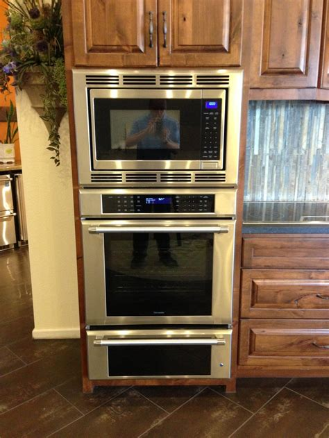 thermador triple oven microwave warming drawer add  cooktop    dishwasher