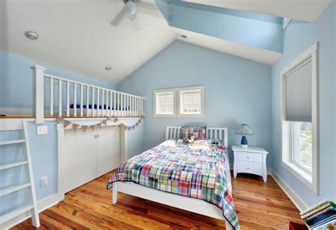 cuartos juveniles en celeste y blanco dormitorios
