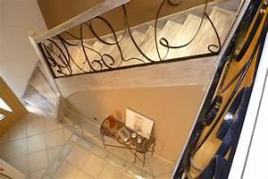 moderniser un escalier en bois maytop tiptop habitat With wonderful peindre des escaliers en bois 3 escalier gain de place nicolas dupriez escaliers bois