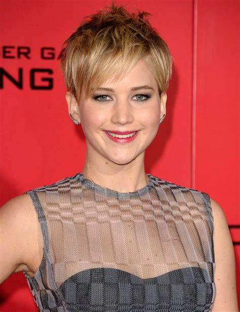 short haircuts for thin hair and oval face best