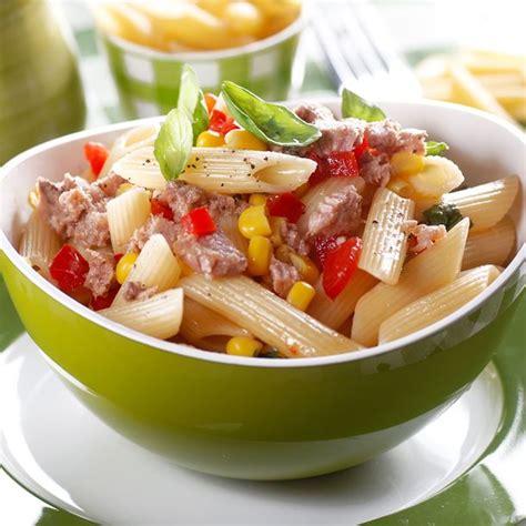recette salade de p 226 tes au thon tomate et ma 239 s facile
