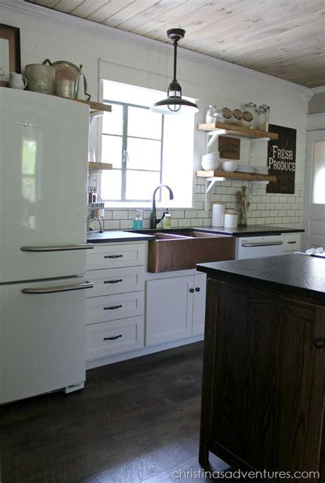farmhouse kitchen cabinets diy diy farmhouse kitchen makeover all the details