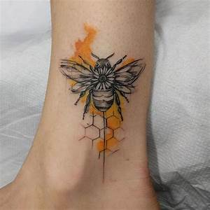 21 Bee Tattoo Designs - CherryCherryBeauty