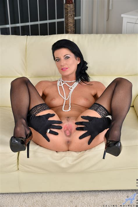 Elegant Lady In Gloves And Stockings Lets Us Enjoy Her Pussy
