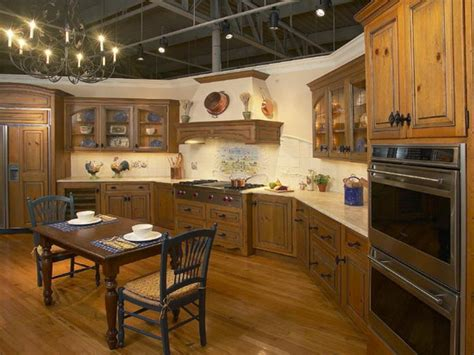Kitchen  How To Find Cheap Country Kitchen Decor M&m