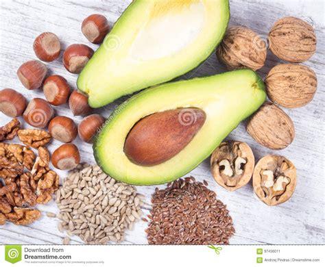 lebensmittel mit omega 3 fettsäuren quellen omega 3 fetts 228 uren enthalten im lebensmittel stockbild bild zirkulierend