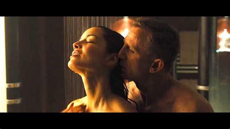 Super Model Berenice Marlohe Hot And Wet Shower Sex Scene Hd Skyfall Youtube