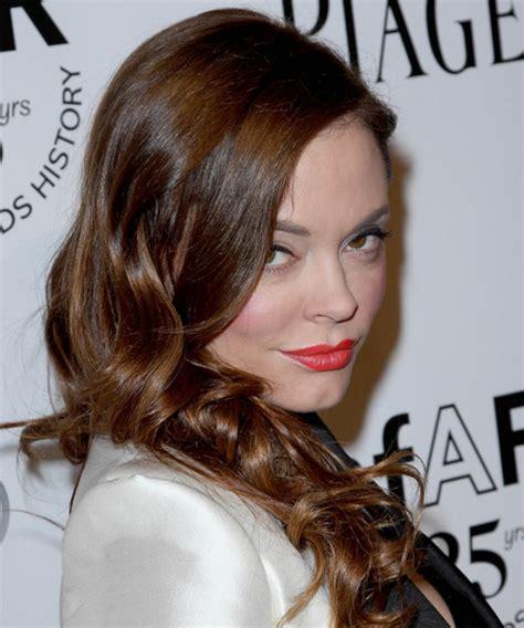 rose mcgowan long wavy chocolate brunette hairstyle