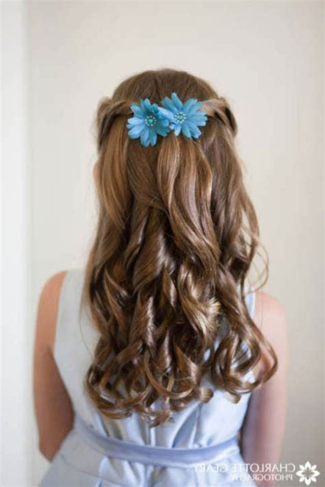 Flower Updo Hairstyles by Flower Hairstyles