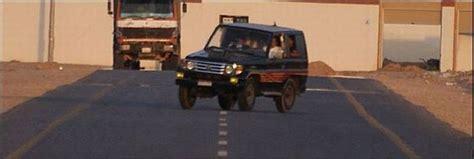 Crazy Car Stunts (14 Pics