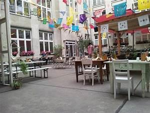 Hotel Michelberger Berlin : the yard picture of michelberger hotel berlin tripadvisor ~ Orissabook.com Haus und Dekorationen