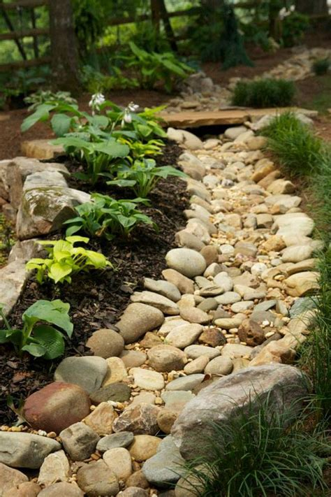 drainage and landscaping 1000 images about dry creek bed on pinterest