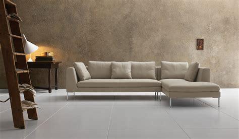 Divani Moderni Con Chaise Longue : Elwood Chaise End Leather Sofa
