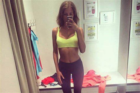 celebs skinny selfies  danger  young girls thin