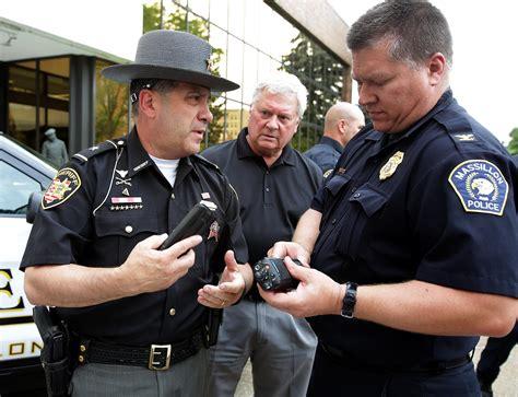 OSP donates 100 police radios to city, sheriff's office ...