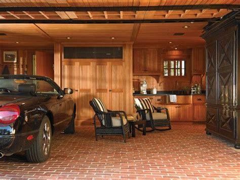 dual purpose  garage space