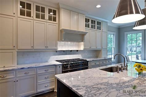 kitchen cabinets to ceiling or not 2 tone kitchen contemporary kitchen shaw homes 9175