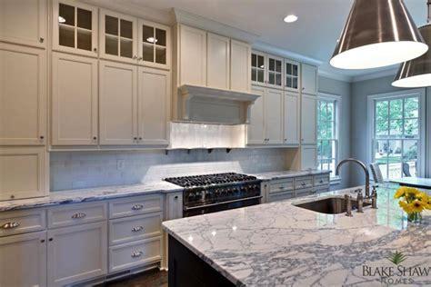 2 Tone Kitchen   Contemporary   kitchen   Blake Shaw Homes
