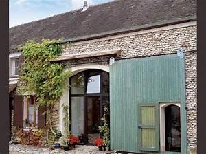 5 portes de grange reinventees avec gout maison travaux With porte d entrée alu avec tapis salle de bain et contour wc