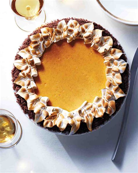 Pumpkin Pie With Gingersnap Crust Martha Stewart pumpkin cheesecake pie with gingersnap crust recipe