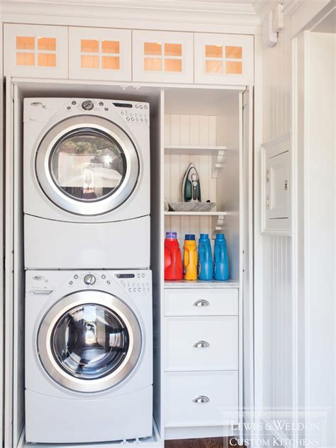 lewis and weldon laundry closet with stackable