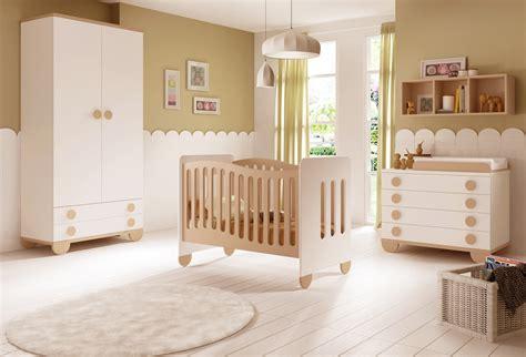 chambres bebe chambre de bébé mixte gioco avec lit et armoire glicerio