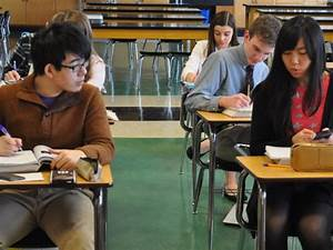 Chinese Students Adapting to American High School Life ...