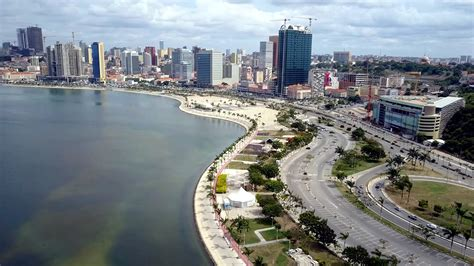 City At Night Wallpaper Africa Angola S President Jose Eduardo Dos Santos Says He Will Not Run For Re Election After 38