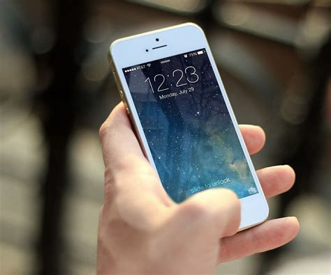 how do i get ringtones on my iphone how to make an iphone ringtone with itunes