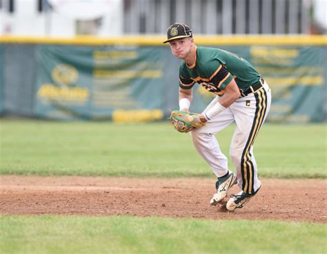 Next page for Gage: Greenup's Hughes signs with Cincinnati ...
