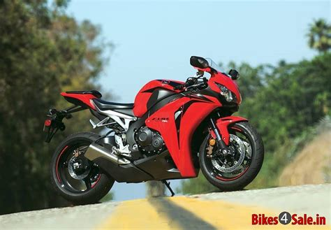 honda cbr bike details honda cbr1000rr fireblade motorcycle picture gallery