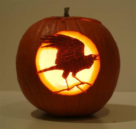 creative pumpkins carved    wildlife