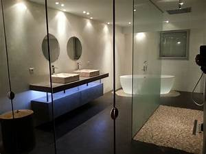 beton cire house concept With salle de bain design avec boules lumineuses décoratives