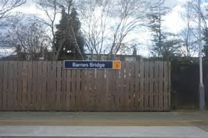 Barnes Bridge Station © N Chadwick Cc-by-sa/2.0