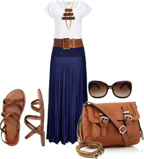25+ best ideas about Navy skirt outfit on Pinterest   Modest outfits Navy skirt and Modest skirts