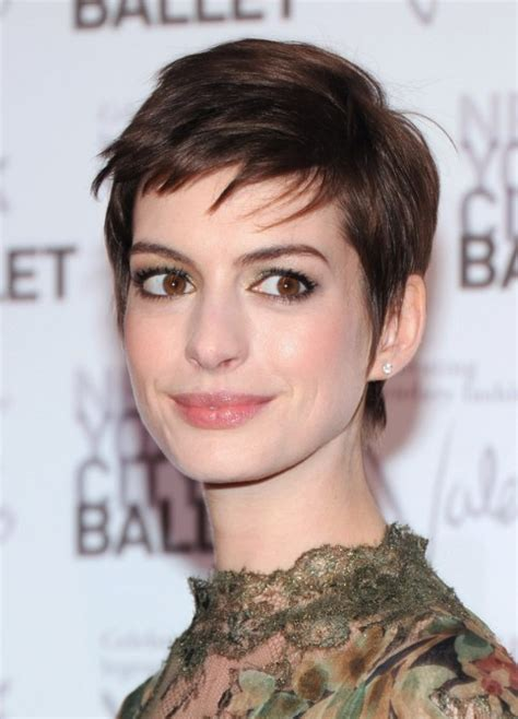 Hathaway Pixie Hairstyle by Hathaway Haircuts Simple Pixie Cut