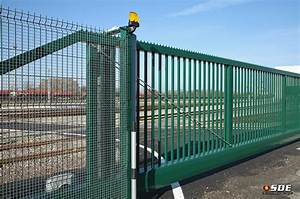 Portail Coulissant Sur Rail : portail coulissant sur rail autoportant et barri re de ~ Edinachiropracticcenter.com Idées de Décoration