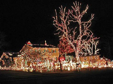 simple elegant christmas lights outside elegant outdoor christmas decorating ideas with l
