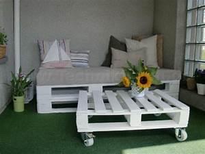Sofa Für Balkon : coole balkon m bel ideen 15 praktische tipps f r eine ~ Pilothousefishingboats.com Haus und Dekorationen