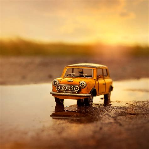 13 Amazing Atmospheric Miniature Car Scenes By
