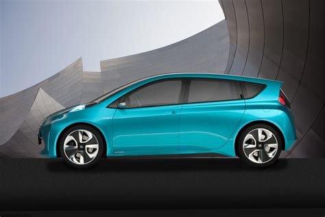 toyota prius concept news information research pricing