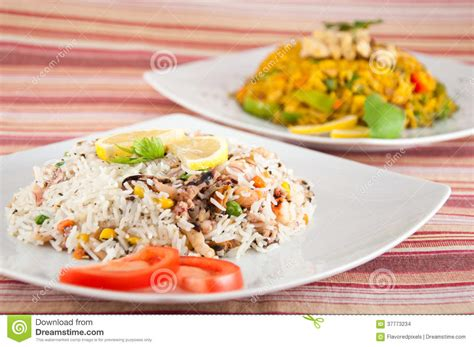 cuisine indienne riz cuisine indienne riz avec des fruits de mer images stock image 37773234