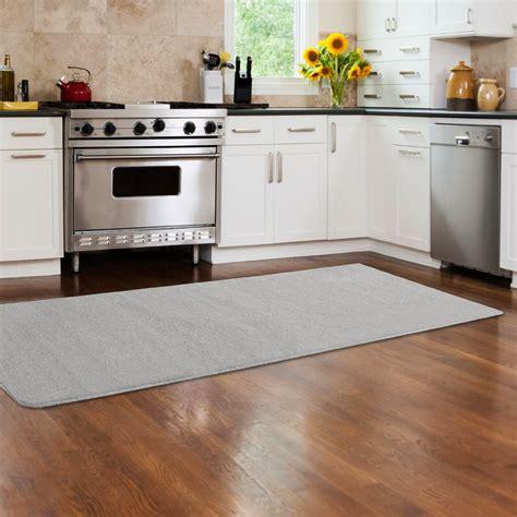 grand tapis de cuisine cuisine beige sol gris