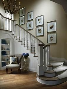 Fenster Für Treppenhaus : flur gestalten mit treppe verschiedene ~ Michelbontemps.com Haus und Dekorationen