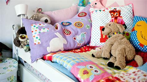 Divanetto Bambini Divanetti Per Bambini Living Tra Giochi E Bambole
