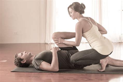 home yoga classes  ladies  kurnool home yoga classes
