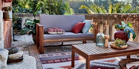 salon de jardin maison autour du monde abri de jardin  balancoire idee