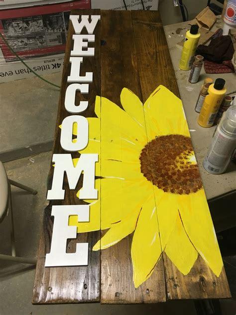 sign  yellow sunflower laurens spring